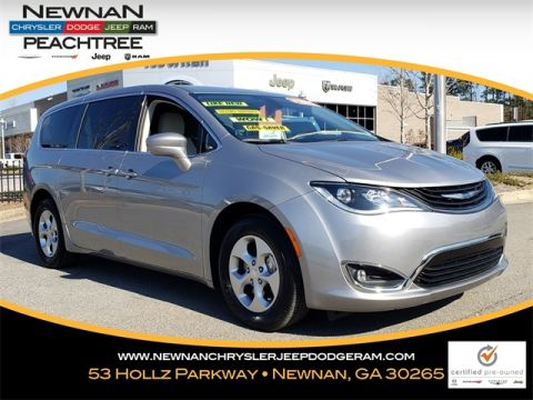 Pre-Owned 2018 Chrysler Pacifica Hybrid Touring Plus